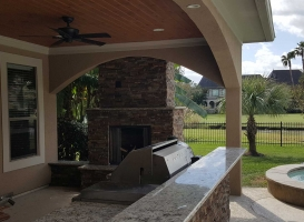woodland-patio-outdoor-fireplace-gallery-image-1