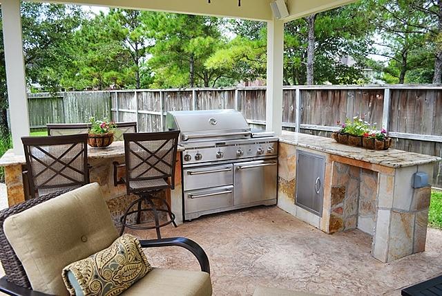 Woodlands Outdoor Kitchens