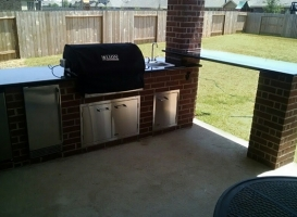 Personal-Touch-Landscape-Outdoor-Kitchen-u-17